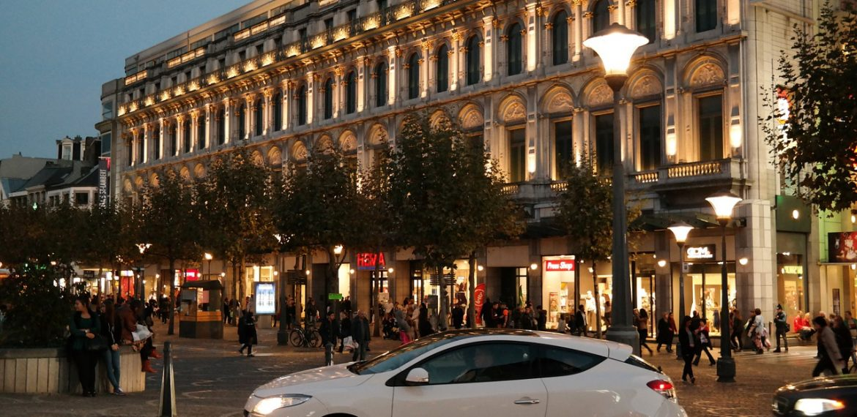 Rue Neuve — shopping promenade